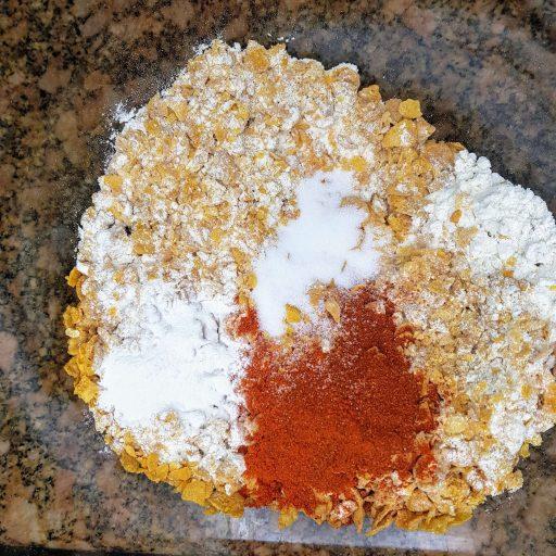 mąka, płatki kukurydziane i przyprawy