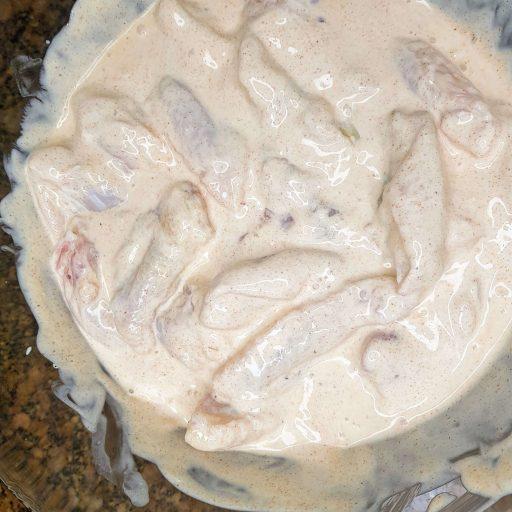 wymieszane skrzydełka z jogurtem