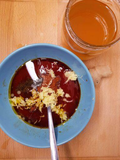 sos keczupowy z imbirem